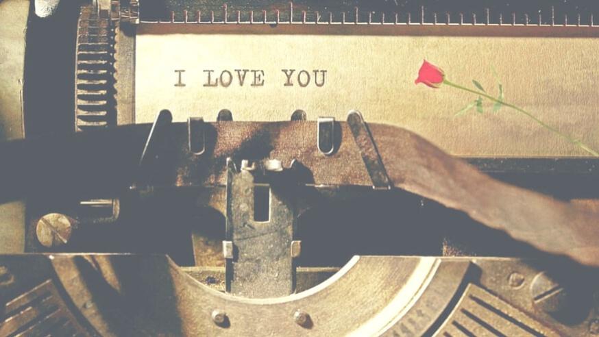 Denne bog om moderne kærlighed bliver også for singler ❤