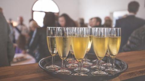 Aarhus: Single-lørdagsbaren åbner igen et nyt sted