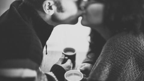 """Dating: Sådan """"styrer"""" du din hjerne når du dater"""